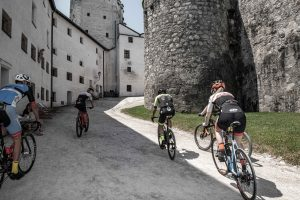 Steilpassage durch die Burgmauern